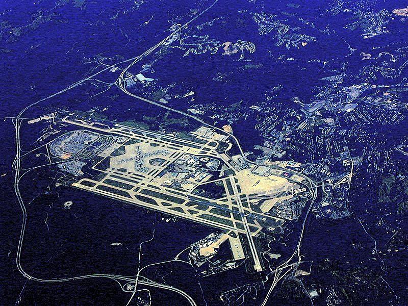 Pittsburgh_International_Airport_aerial_view