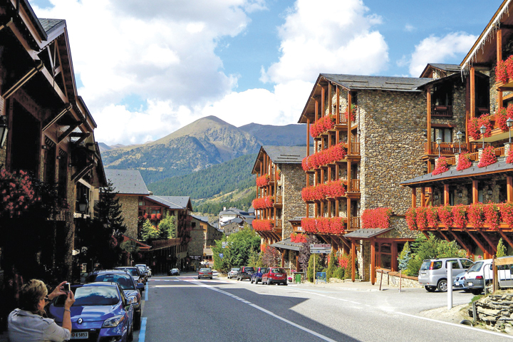 Hãng hàng không bay đi Andorra