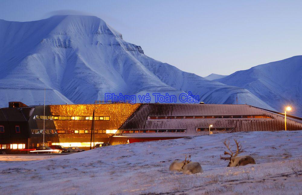 Vé máy bay đi Svalbard & Jan Mayen